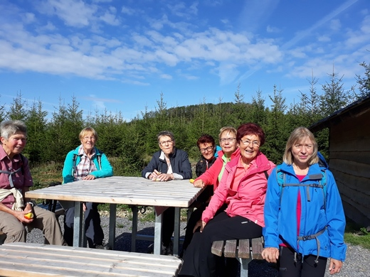 19-09-03 - Dienstagsfrauen Sonnenstück .jpg