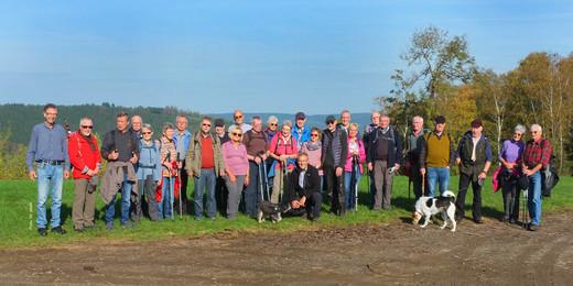 19-10-23 10hr10 Wanderung Berge a.jpg