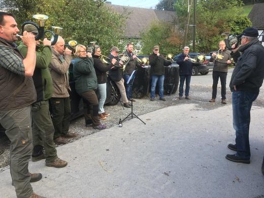 Schnadegang 2019  Jagdhornbläser.jpg