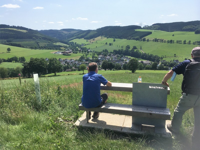 Fotoroute Oberhenneborn   .jpg