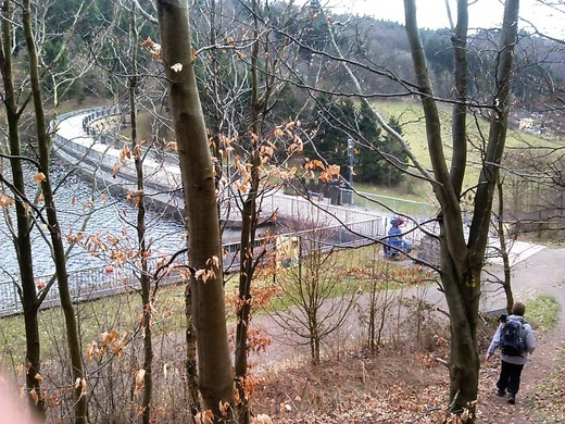 Panoramaweg Talsperre.jpg