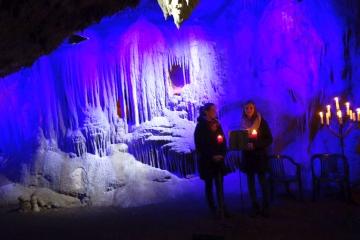 Dez 19: vorweihnachtliche Dechenhöhle