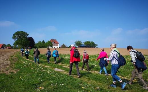 1.-Mai-Wanderung mit dem SGV Dortmund-Hoechsten bei Schule-Kökelsen