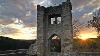 Burg Ringelstein abends