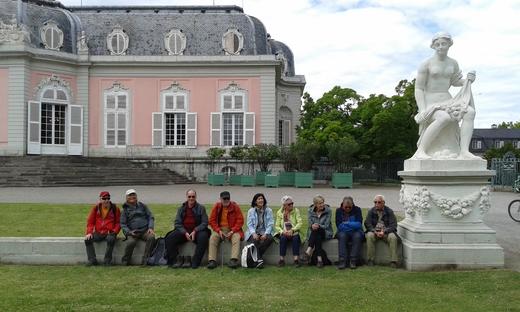 Wir sind am Ziel der letzten Etappe des Düsseldorfer Rundwegs: Schloss Benrath