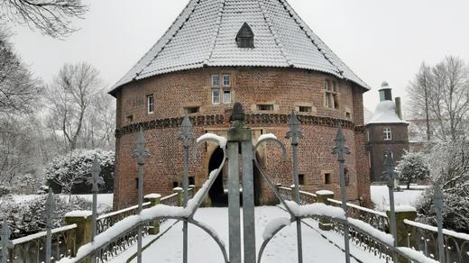 Winterlandschaft am Schloss Bladenhorst Mitte Januar