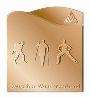 Wanderabzeichen in Bronze