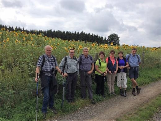 Wanderung auf dem Fickeltünnesweg in Allendorf