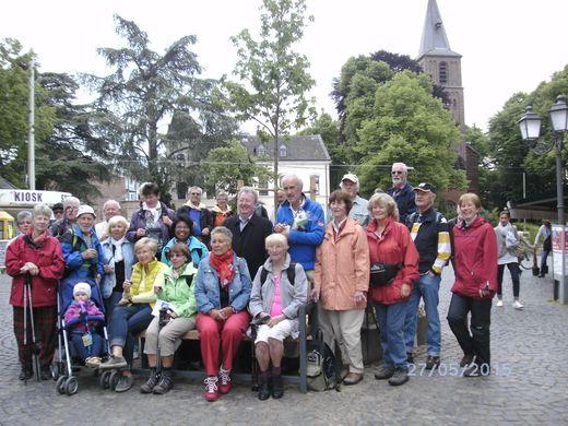 28.5.16 Haan -  Baumpflanzung mit Bürgermeister Knut vom Bovert
