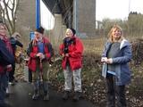 10.03.18 Wanderführerin Vera begrüßt ihre Gruppe auf der Wanderung von Wuppertal-Öhde nach Beyenburg