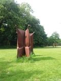 12.05.2018 Skulptur von Beuys im Park