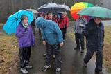 10.03.2020: Trotz Dauerregens herrschte bei der Dienstagswanderung nach Neuenhaus gute Stimmung.