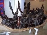 10 Diese Darstellung ist aus einem Ebenholz - Stamm