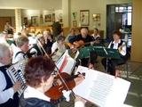 07 Unser Musikkreis beginnt das Frühlingskonzert