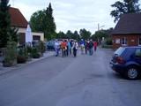01 Die Wandergruppe hat Brockhausen erreicht