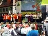 13 Wandertagswimpelgruppe auf der Bühne in Bad Belzig