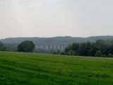 Blick zur Autobahnbrücke