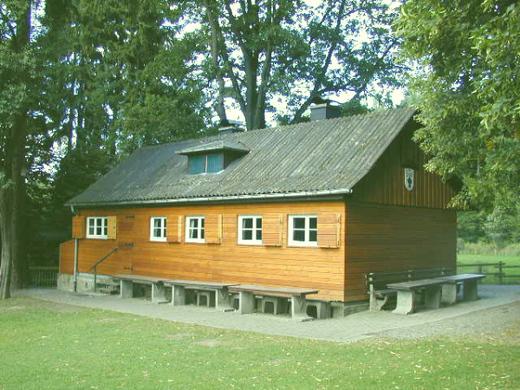 Hütte im Frühling